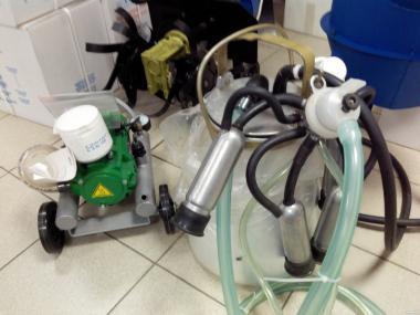 Доїльні апарати для корів сухі, масляні. Комплектуючі